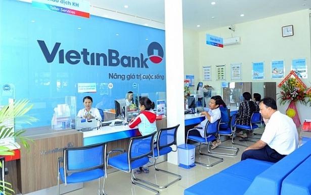 Ngân hàng VietinBank trong giờ giao dịch