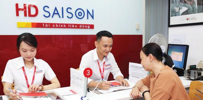 HD SAISON có làm việc ngày thứ 7, tuy nhiên chỉ áp dụng đối với một số chi nhánh