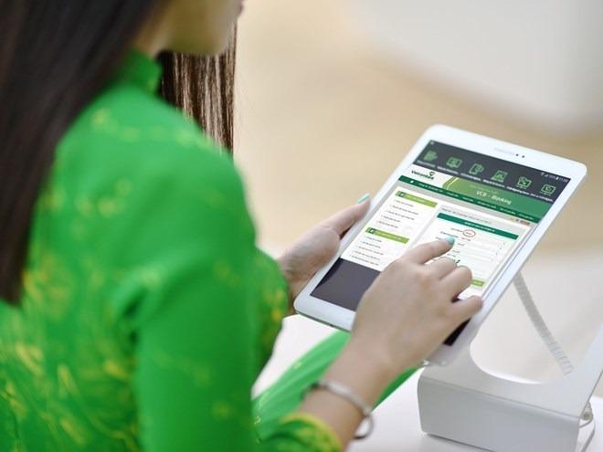 Hình_3_-_Cac-tien-ich-khong-the-choi-tu-cua-dich-vu-Mobile-Banking